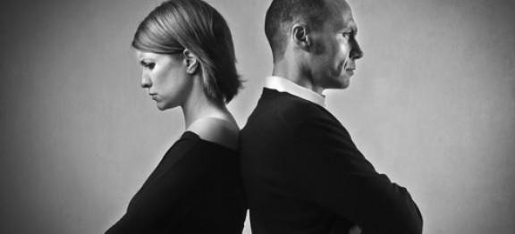 Jakie dokumenty należy załączyć do pozwu o rozwód?